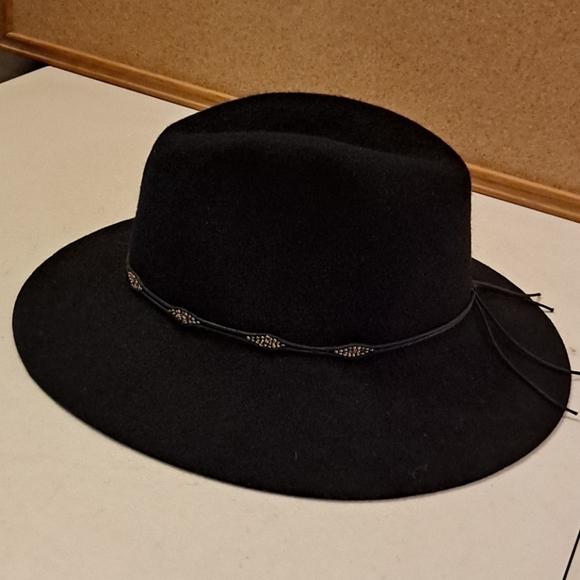 Lucky Brand ladies wide brim black wool hat